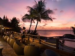 Magnifique coucher de soleil depuis le bar Eimeo