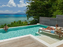 La piscine de la Signature Grand Oceanfront Pool Villa