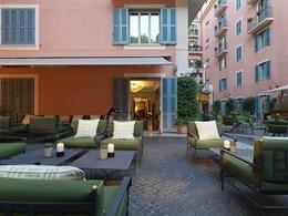 Le Stravinskij Bar de l'Hôtel de Russie en Italie