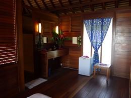 L'intérieur d'un bungalow à l'hôtel Matira