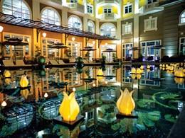 L'Hotel Royal Hoi An arbore une décoration audacieuse