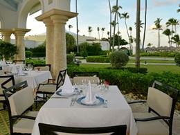 Restaurant avec vue sur jardins