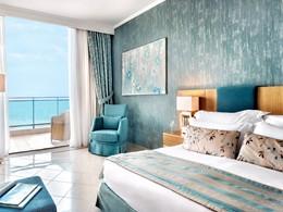 Superior Room Sea View de l'Ikos Oceania en Grèce