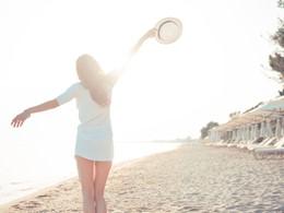 Profitez de la belle plage de l'Ikos Olivia en Grèce