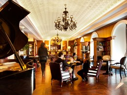 Le Cardosas Bar