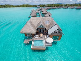 Vue des villas de l'InterContinental Resort & Thalasso Spa Bora Bora
