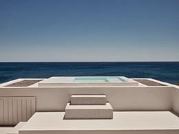 La piscine de la Storia Suite