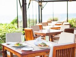 Le restaurant Captain's Bar de l'hôtel Jebel Ali à Dubai