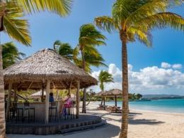 Rafraichissez vous au Beach Bar du Jumby Bay
