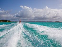 Profitez des nombreuses activités nautiques du Jumby Bay