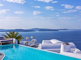 Pool Bar de l'hôtel de luxe 5 étoiles Katikies