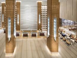 Le lobby de l'hôtel Kempinski à Dubaï