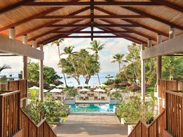 Vue depuis le lobby du Kempinski Seychelles Resort
