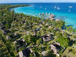 Autre vue aérienne de l'hôtel Kia Ora