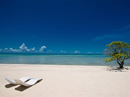 La plage de l'hôtel Kia Ora, situé en Polynésie