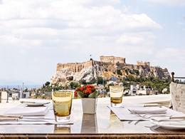 Superbe vue sur l'Acropole depuis le restaurant