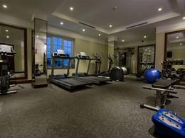 La salle de sport de l'hôtel La Siesta situé à Hanoi