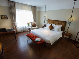 Junior Suite de l'hôtel La Siesta à Hanoi