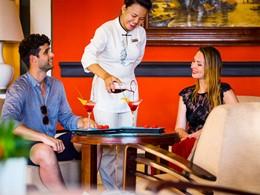 Sirotez des délicieux cocktails à La Véranda Resort