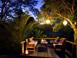 Le lounge où apprécier un cocktail en plein-air