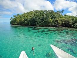 Snorkeling à l'hôtel Le Mahana Huahine en Polynésie