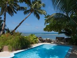 La superbe piscine du Repaire situé aux Seychelles