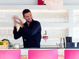 Sirotez des délicieux cocktails exotiques à l'hôtel Le Toiny