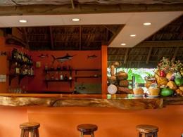 Le bar de l'hôtel Les Lauriers