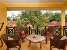 Une terrasse à l'hôtel Les Lauriers