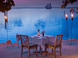 Dîner romantique à l'hôtel Little Palm Island Resort