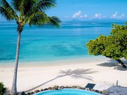La plage de l'hôtel Maitai Lapita Village à Huahine