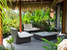 La terrasse de la Garden Bungalow du Maitai Lapita Village