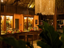Le bar de l'hôtel Maitai en Polynésie