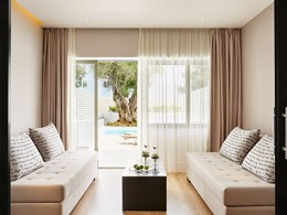 Junior Suite Garden View with Private Pool du Marbella Corfu