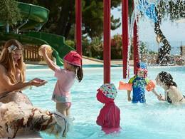 Le Marbella Corfu est le meilleur hôtel pour des vacances en famille