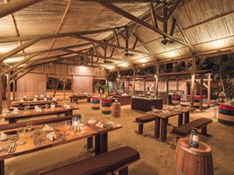 Les Filaos Beach BBQ Restaurant du Maritim Resort