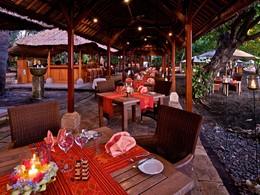 Leons Beach Bistro du Matahari Beach Resort
