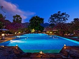 Autre vue de la piscine du Matahari Beach Resort