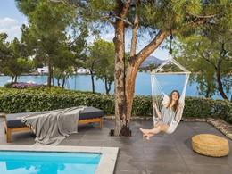 Profitez du soleil grec au Minos Beach Art Hotel