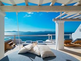 La terrasse de l'Exécutive Suite du Mykonos Grand
