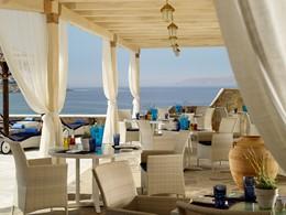 Le restaurant Aqua & Sole de l'hôtel Mykonos Grand