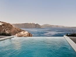 La piscine de la Holistic Villa