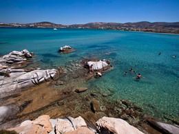 Profitez d'une baignade dans la mer Égée