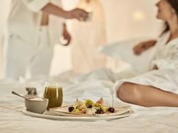 Savourez un petit-déjeuner dans votre chambre