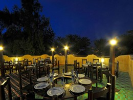 Autre vue du restaurant de l'hôtel Neptune en Afrique