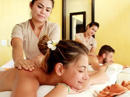 Massage au spa du New Star Beach Resort situé en Thailande