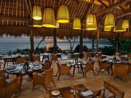 Le restaurant Ombak du Nihi Sumba en Indonésie