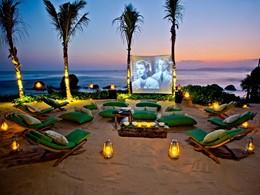 Le cinéma en plein air du Nihi Sumba en Indonesie