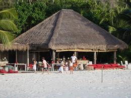 Le bar West Beach