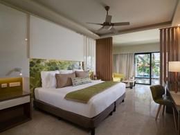 Premium Junior Suite Pool View
